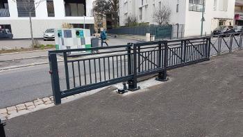 barrière autoportée coulissante